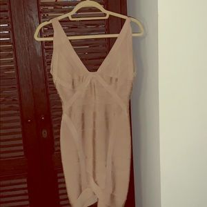 HERVE LEGER SIZE XS ((2-4)) popular bandage dress
